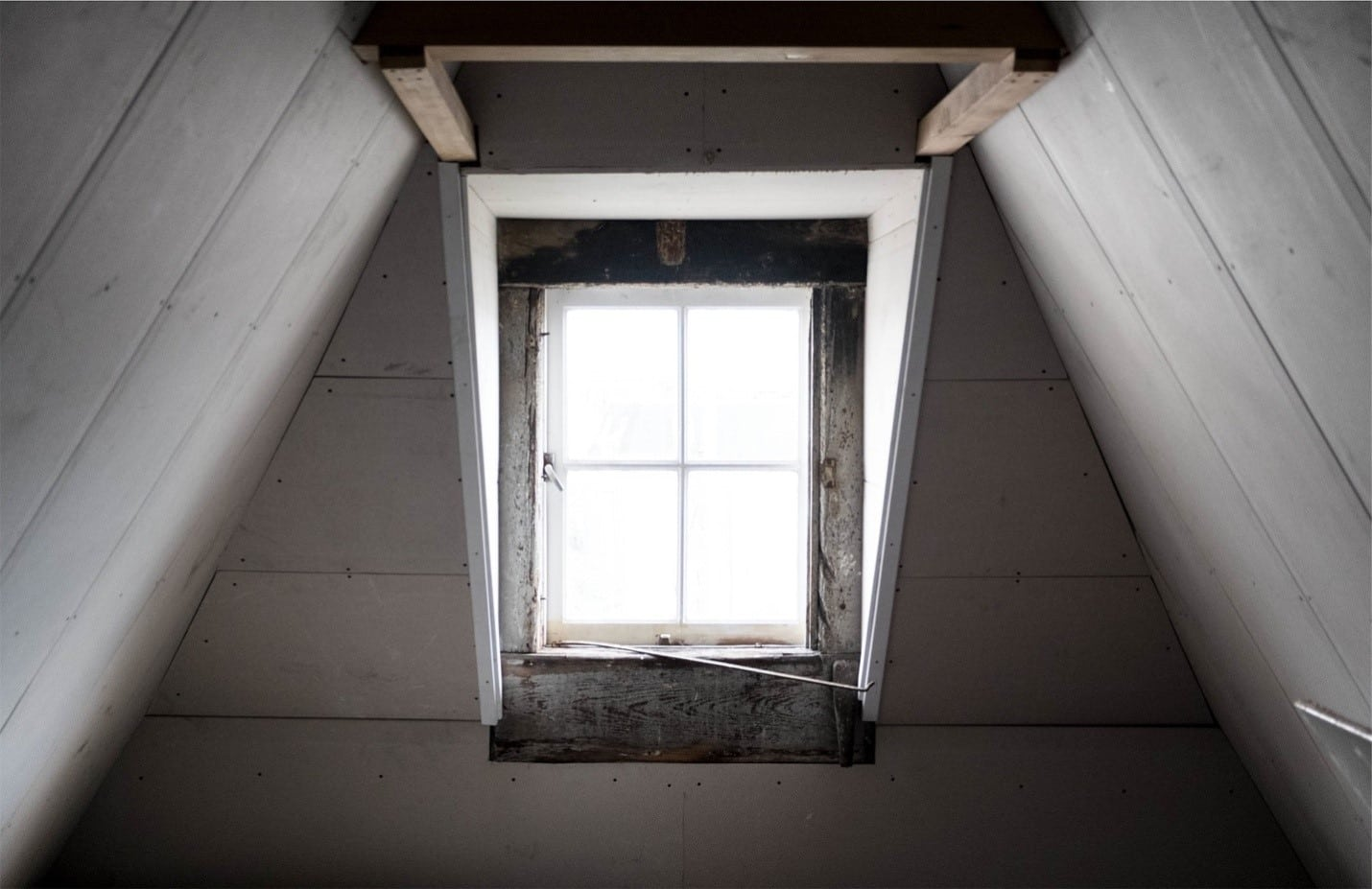 Use insulation in your lofts to heat a house